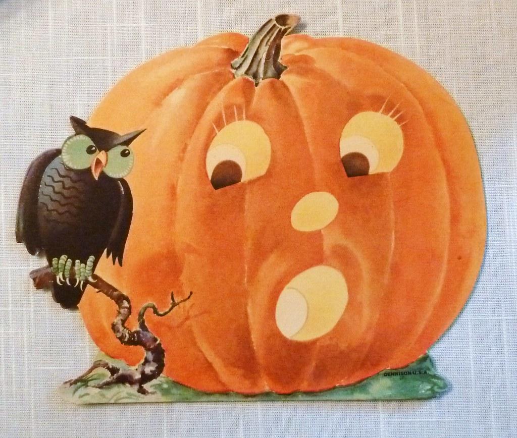 Vintage halloween decorations dennison pumpkin and owl di for Antique halloween decoration