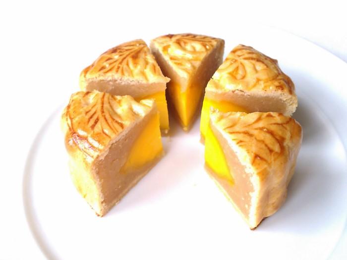 Lotus Seed Mooncake Lotus Seed Mooncake With
