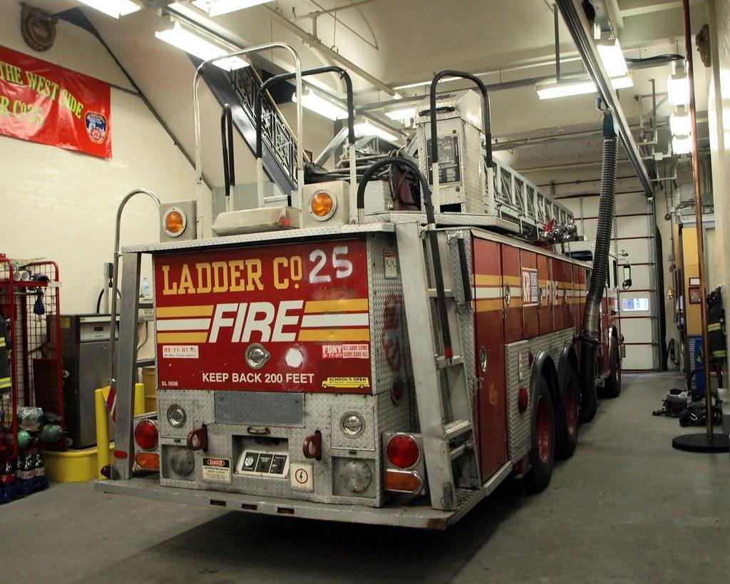 Fdny Ladder 25 Fdny Spare Ladder 25