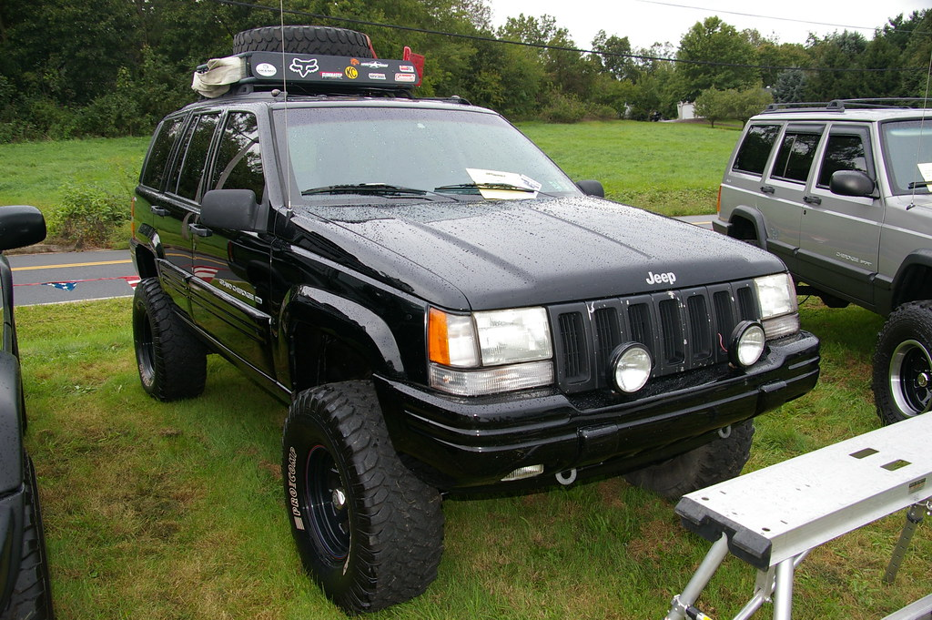 jeep grand cherokee zj jeff daniel 39 s jeep show 2011. Black Bedroom Furniture Sets. Home Design Ideas