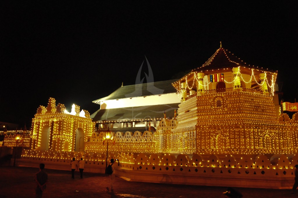 essay for dalada maligawa Esala perahera is one of the most colorful events in the sri lankan calendar which is held every july/august this is the only time the sacred tooth relic leaves its chambers lying deep inside the temple of tooth.