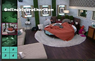 BB13-C3-8-19-2011-3_07_00.jpg | by onlinebigbrother.com