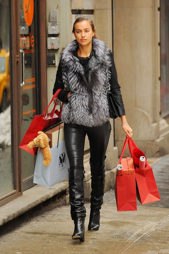 Irina Shayk Shopping In New York Keen To Palanthas 114 Flickr