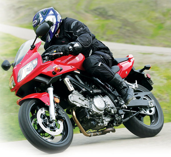 2006 Suzuki SV650S in action | SV650S shares the same powert… | Flickr