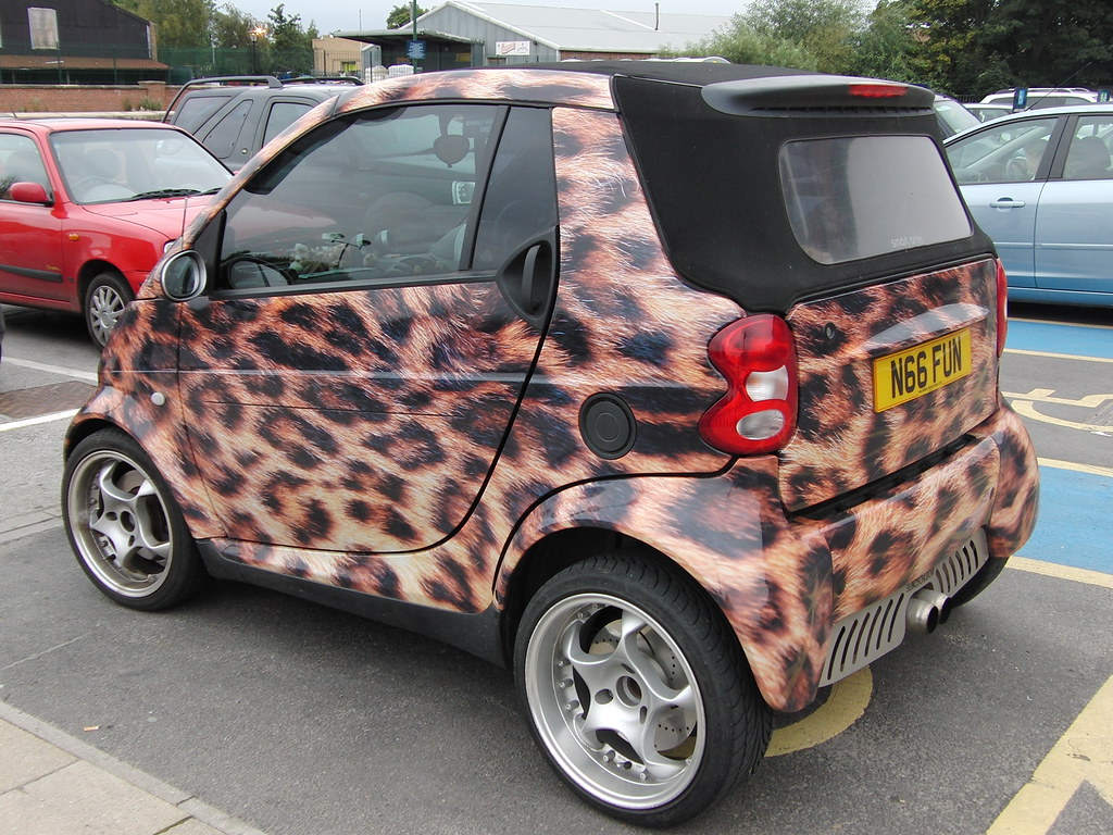 Cool Pictures Of Cars >> Yorkshire Holiday 2011, A Cool Smart Car. | Stephen 1969 ...