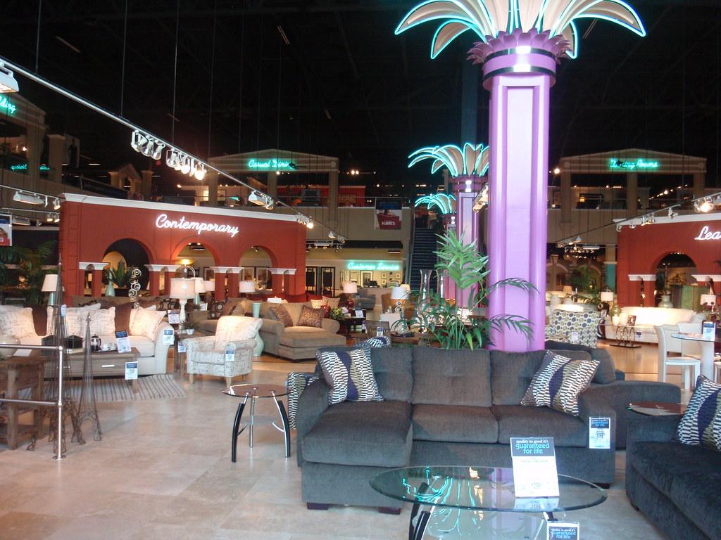 Kaneu0027s Furniture (Lakeland, FL) | The Funky Neon Interior. Vu2026 | Flickr