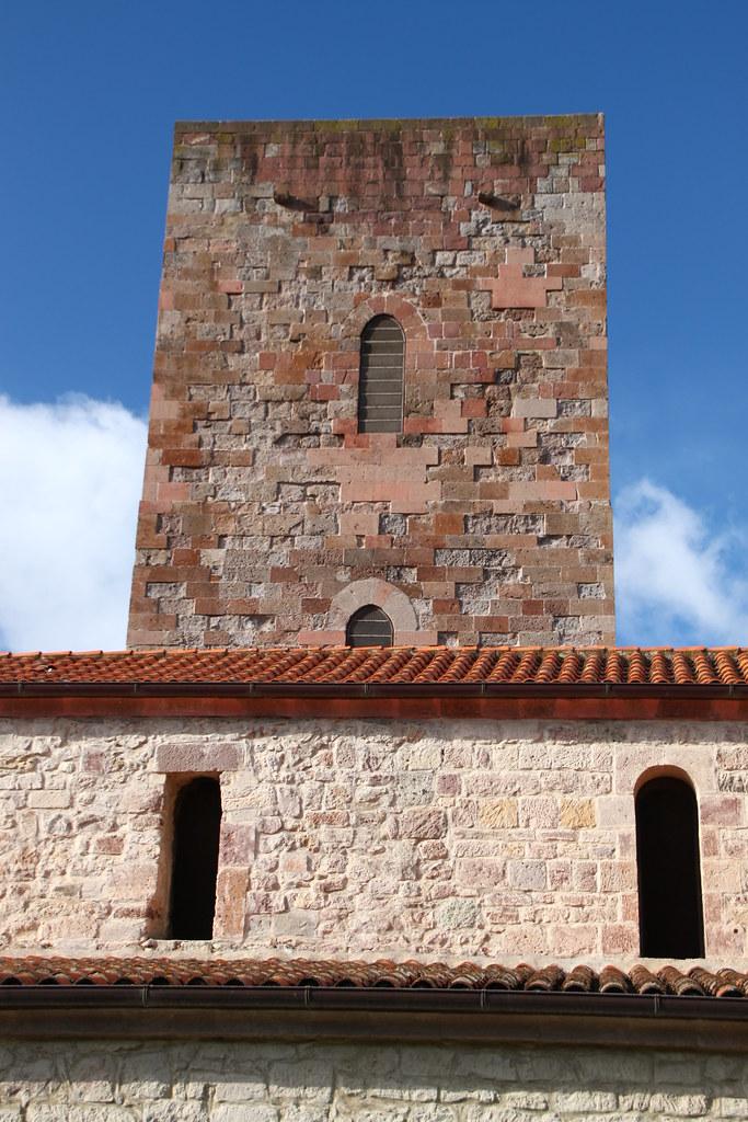 Eglise san pietro extramuros bosa eglise romane san for Eglise romane exterieur