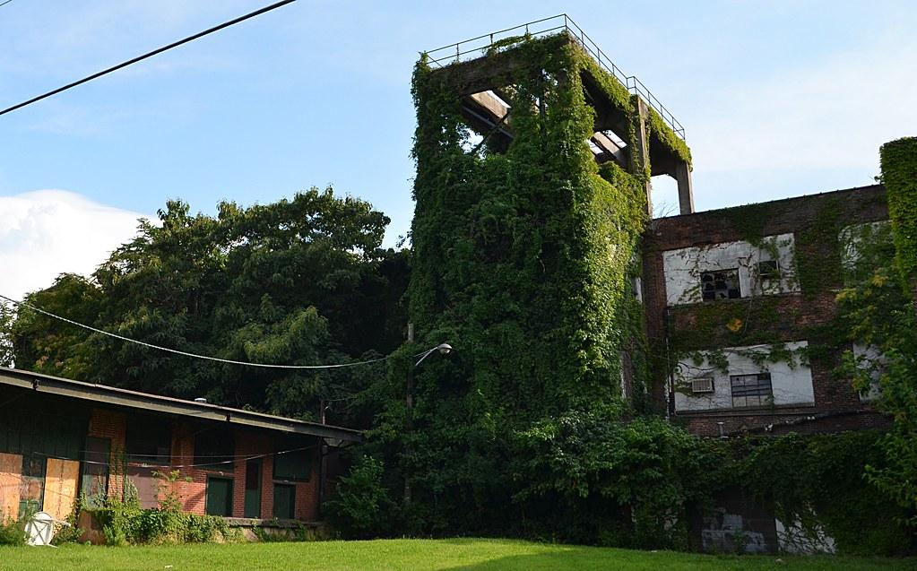 Abandoned Factory Trenton Nj Abandoned Factory In Trento Flickr