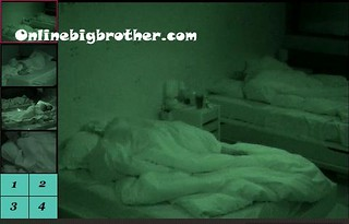BB13-C2-8-27-2011-3_13_50.jpg | by onlinebigbrother.com