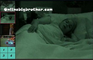 BB13-C1-8-29-2011-2_22_02.jpg | by onlinebigbrother.com