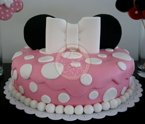 Torta de minnie mouse piece of cake cupcakes flickr