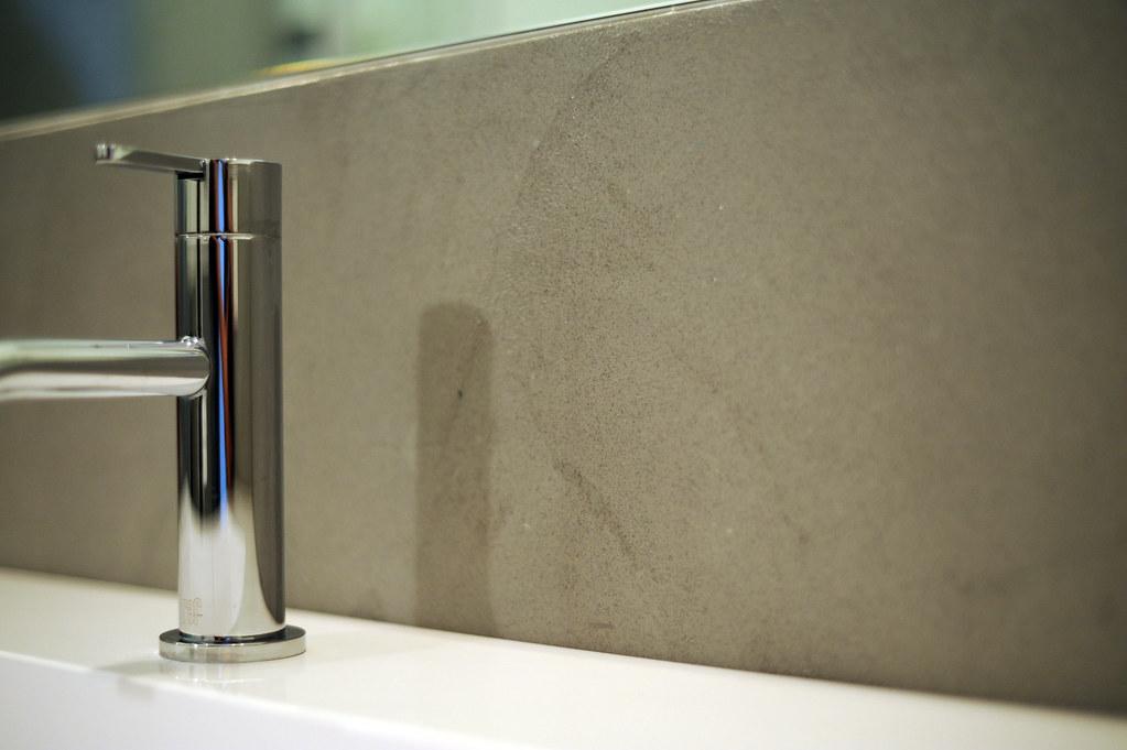 Bagno In Resina Spatolato Grigio Effetto Cemento