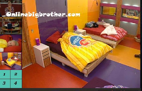 BB13-C4-9-1-2011-11_58_13.jpg | by onlinebigbrother.com