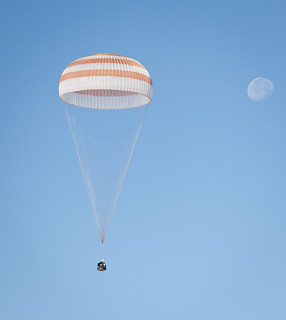 Expedition 28 Landing (201109160002HQ) | by NASA HQ PHOTO