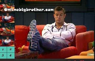BB13-C4-8-14-2011-1_32_33.jpg | by onlinebigbrother.com
