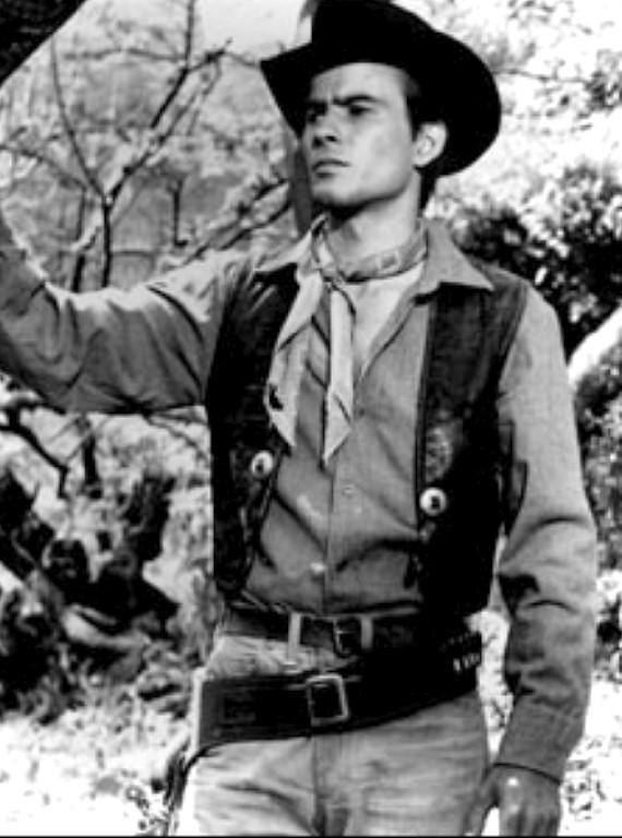 Horst Buchholz | in Magnificent Seven (1960) | John Irving ...