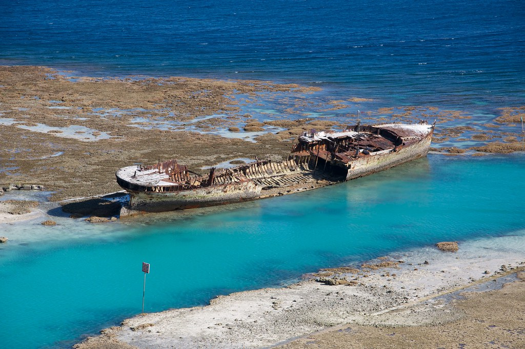 Wreck Of Hmas Protector Heron Island Jon Connell Flickr