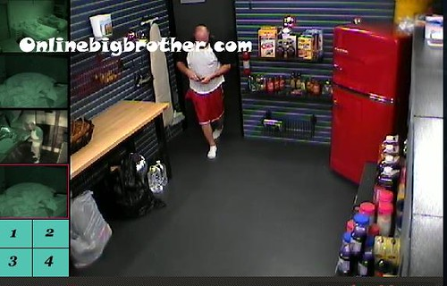BB13-C4-9-12-2011-10_34_53.jpg | by onlinebigbrother.com