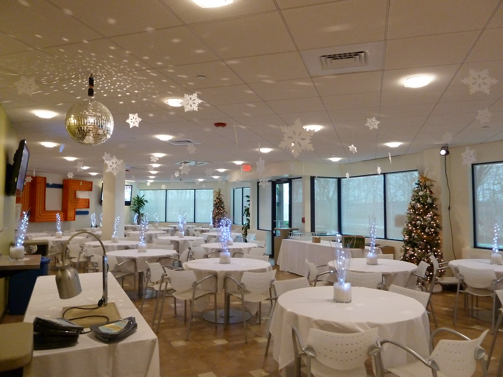 Winter theme party with light up centerpieces for gulf cum
