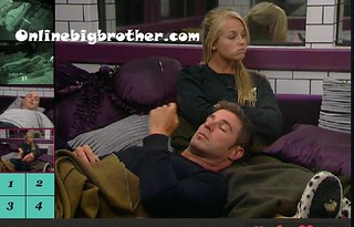 BB13-C4-8-13-2011-2_01_18.jpg | by onlinebigbrother.com