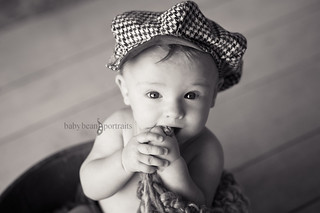 Toothsome Houndstooth Hat | by babybeanportraits