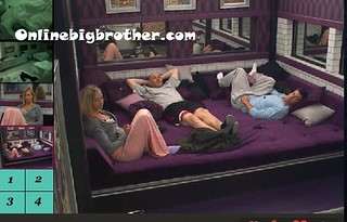 BB13-C4-8-18-2011-2_32_36.jpg | by onlinebigbrother.com