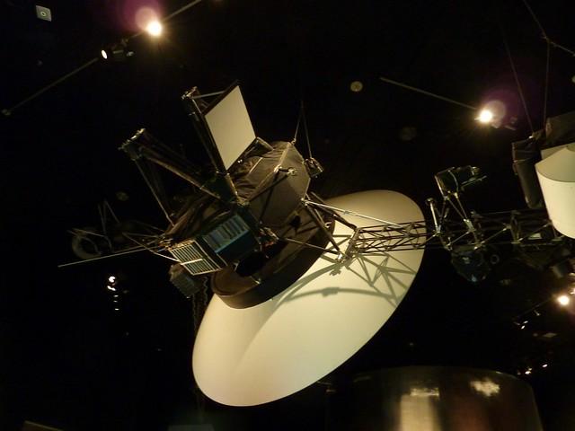 b voyager spacecraft - photo #26