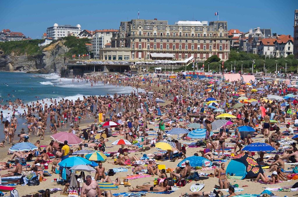 the biarritz beach crowd bob radlinski flickr