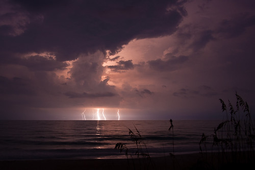 Lightning Crashes | by leesure