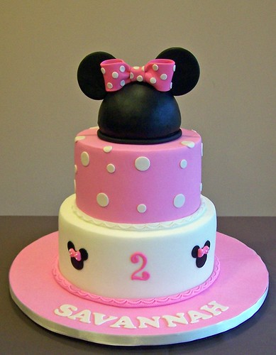 Minnie Mouse Inspired Cake 8 Quot And 6 Quot Cakes Made To