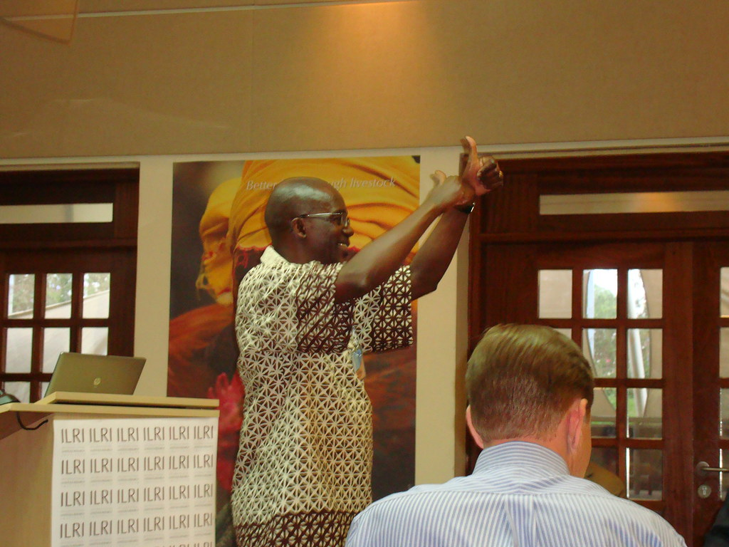 Ed Rege facilitating a meeting (Credits: ILRI)