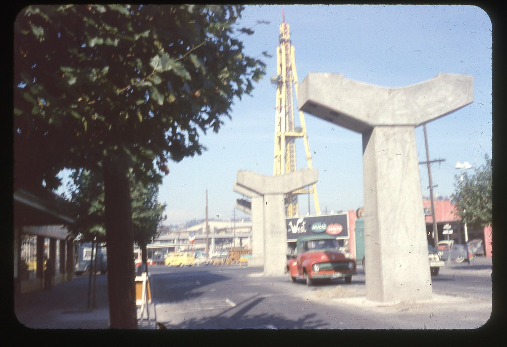 Seattle monorail space needle construction 1961 the for Seattle builders