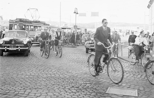 Cyclist in Stockholm 1948 | by Stockholm Transport Museum Commons