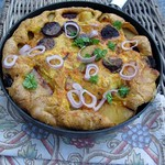 Kartoffel & Chorizo Omelett mit einer Art Petersiliensalat