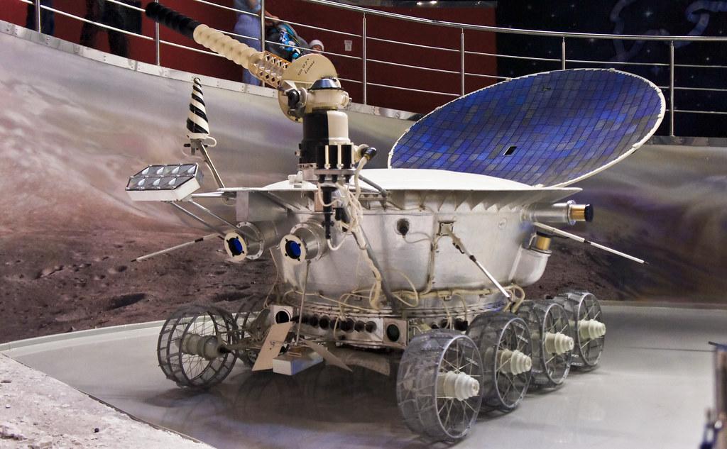 135/365 - Lunokhod 1   Soviet Moon exploration robot ...