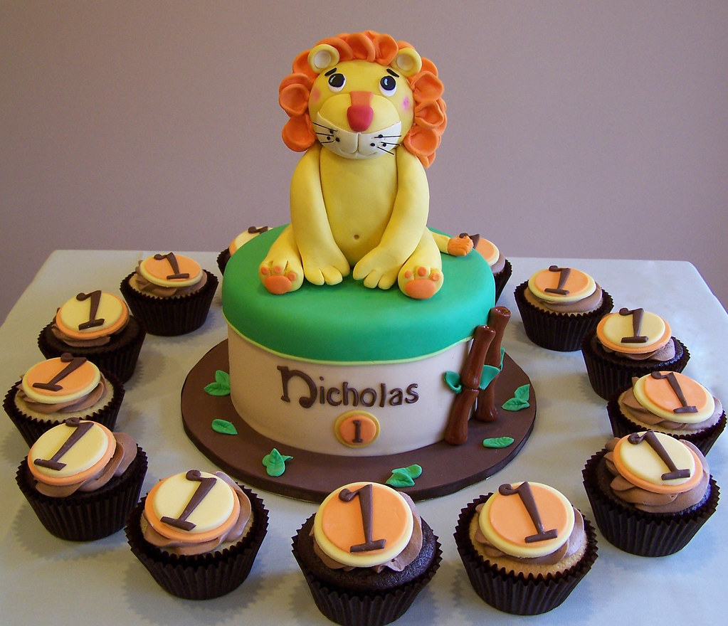 Family Food And Fun First Birthday Cake: Lion Themed First Birthday Cake And Cupcakes
