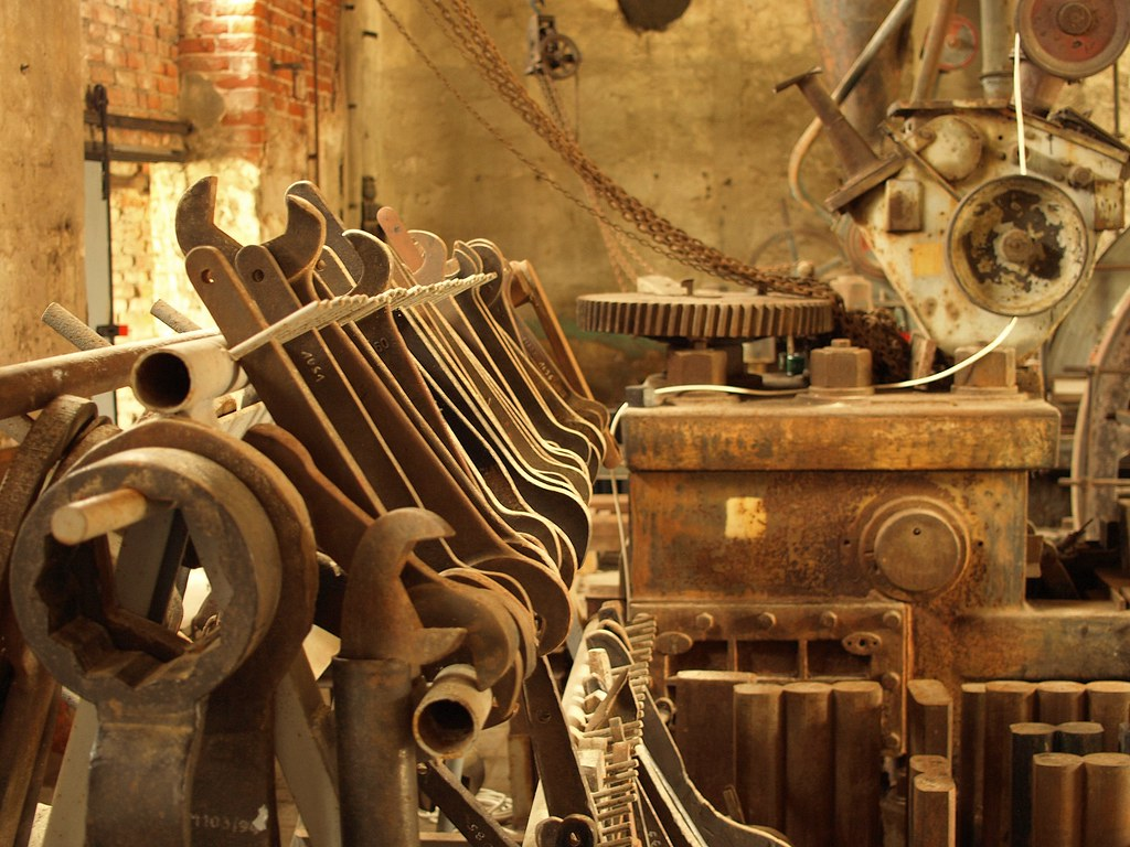 Old Machinery | Tools | pixelchecker | Flickr
