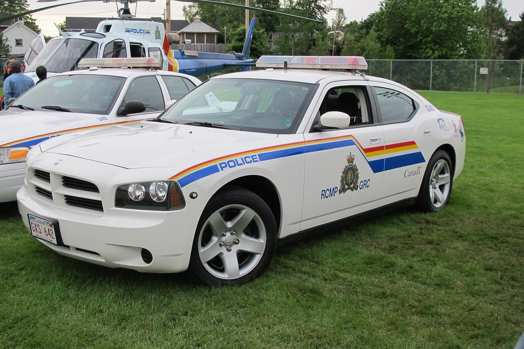 Royal Canadian Mounted Police 2010 Dodge Charger Followin Flickr