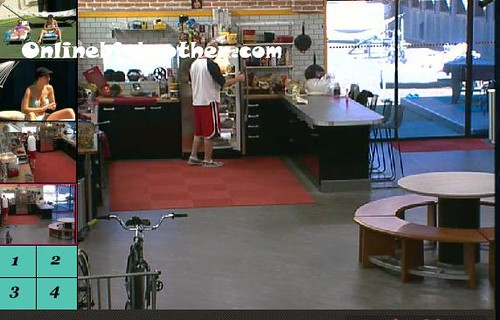 BB13-C4-9-12-2011-12_25_53.jpg | by onlinebigbrother.com