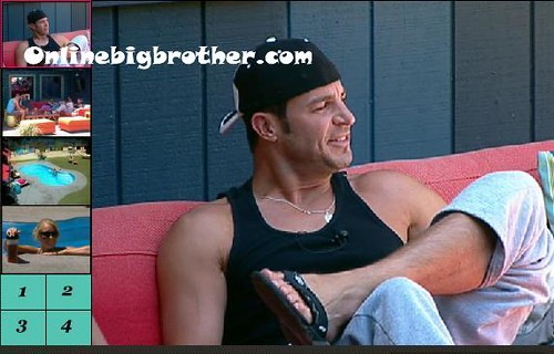 BB13-C2-8-16-2011-12_30_45.jpg | by onlinebigbrother.com