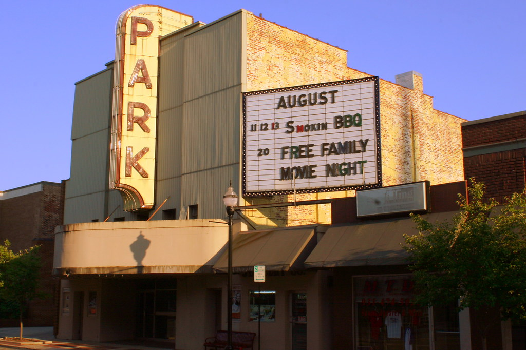 Park Theatre Mcminnville Tn This Once Thriving