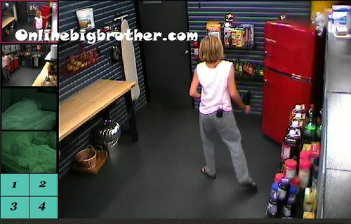 BB13-C2-8-24-2011-9_19_03.jpg | by onlinebigbrother.com