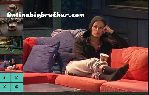 BB13-C4-9-6-2011-12_12_05.jpg | by onlinebigbrother.com