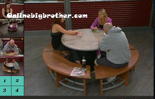 BB13-C4-9-8-2011-9_37_38.jpg | by onlinebigbrother.com