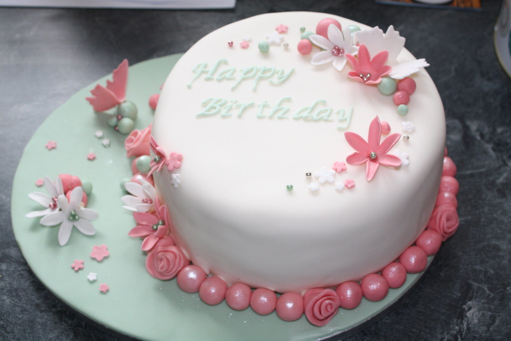 Girly birthday cake Becky Allder Flickr
