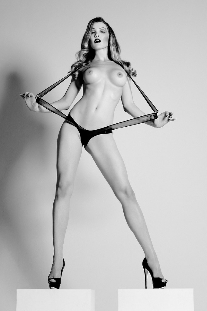 Miss Miranda as numÉro 2 | Latex harness by Obsidian Design,… | Flickr