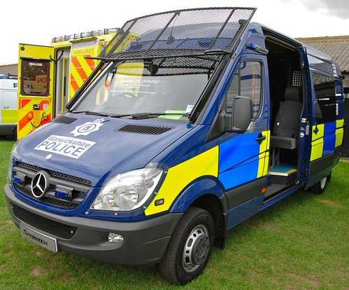 BX11UGH - MERCEDES-BENZ SPRINTER PSU CARRIER - WARWICKSHIRE POLICE | by croydesurf