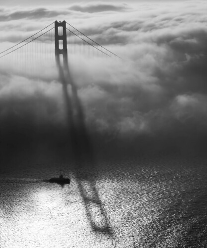 Black & white Goldengate | by jaytamangphotography