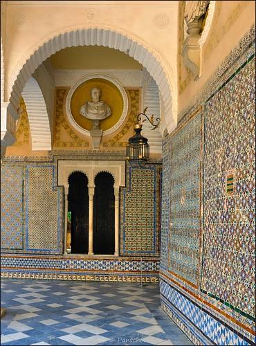 Sevilla casa de pilatos azulejos titles 3 6 flickr for Casa de azulejos cordoba