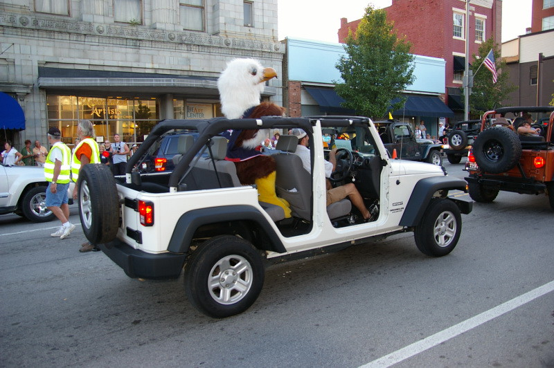 ... Butler Eagle Right Hand Drive Newspaper Delivery Wrangler Participating  In The Worlds Longest Jeep Parade  